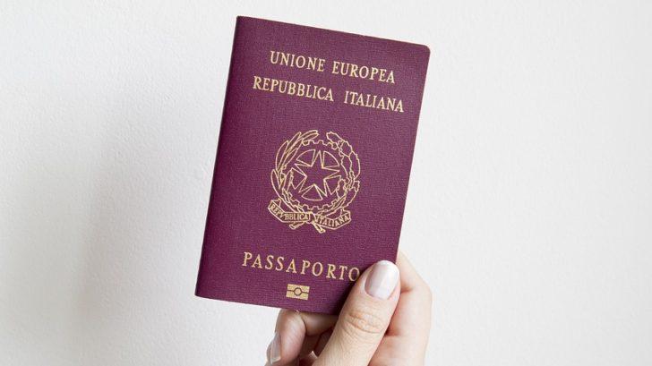 marca da bollo passaporto